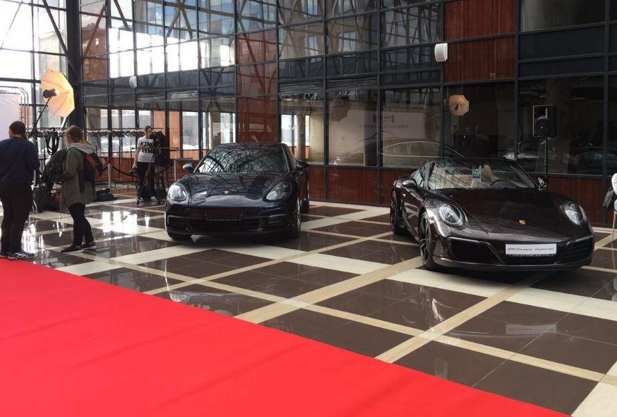 Открытие сезона Porsche Club Moscow в ДК «Сириус Парк»